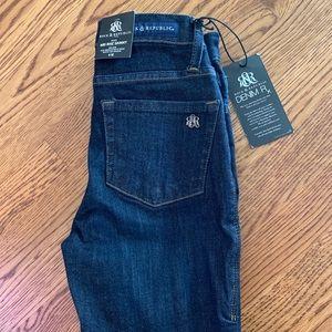 Rock & Republic NWT Denim Rx Fixx skinny jeans